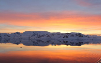 Antarctica Travel Deals